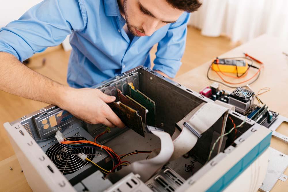 cửa hàng sửa máy tính uy tín tại quận bình thạnh